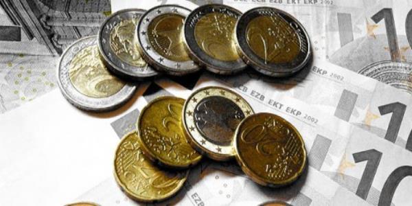 Euro Scheine und Münzen - Foto: flickr.com/photos/donaldtownsend