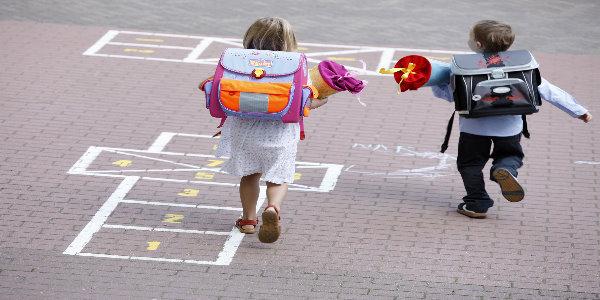 Foto: DAK/Schläger Kinder 1. Schultag